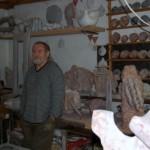 Holdas György szobrászművész műtermében
